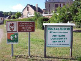 En arrivant à Moux-en-Morvan…